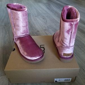 UGG Classic Short II Velvet Boot.